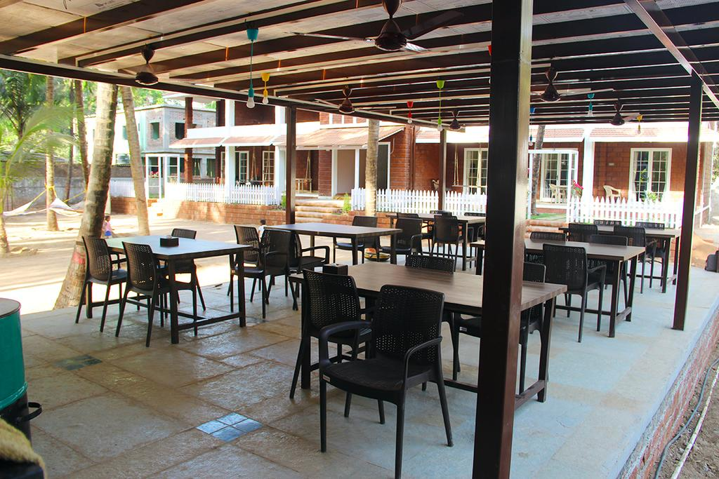 West Coast Hotel Alibaug Restaurant